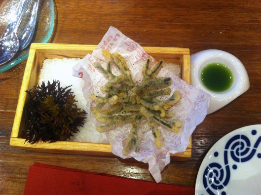 Codium tempura with its vinagrette jus